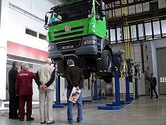 Kopřivnická automobilka Tatra Trucks a. s. začátkem týdne slavnostně otevřela nové diagnostické centrum pro své vozy.