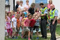 Taktické cvičení záchranných složek v místní školce v Šenově u Nového Jičína.