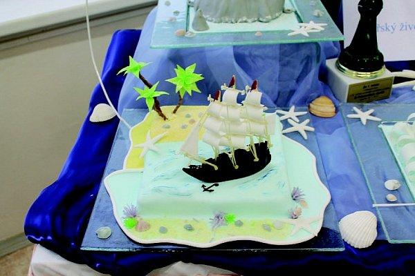 Hana Parmová spolu se svou mistrovou vytvořila nejkrásnější a nejchutnější dort na téma Mořský svět.
