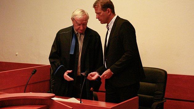 Martin Jakůbek (vpravo), bývalý ředitel SVČ Fokus Nový Jičín.