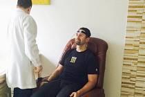 Radek Bonk navštívil zdravotnické a terapeutické centrum ve Vlčnově, místní části Starého Jičína.