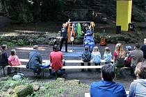 Činnost Kamenného divadla v lokalitě Skalky byla obnovená v devadesátých letech minulého století, když se tam každoročně konala přehlídka Divadelní dílna.