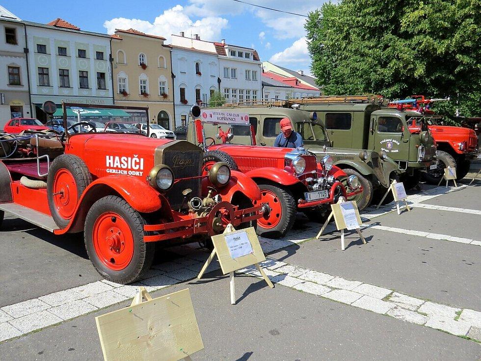 Oderští hasiči oslavili své 150. výročí ukázkou techniky.
