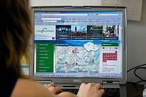Poskytovat ucelenější a kvalitnější informace se rozhodli provozovatelé portálu Lašská brána Beskyd. Již několik týdnů proto běží testovací provoz stránek s novou strukturou a grafikou.