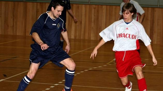 Futsalisté jakubčovické Baracudy ve 12. kole II- ligy, skupiny Východ, prohráli na palubovce hodonínských Buldoků vysoko 3:11.