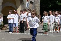 První Olympijské hry pro nejmenší uspořádali v Mateřské škole Sady na ulici Revoluční v Novém Jičíně.