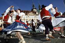 Ani současné pře mezi Bolkem Polívkem a Valašským královstvím nezabránily tomu, aby se v těchto dnech Valašské království prezentovalo v Praze.