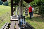 Dvoudenní výstava Sochy u lesa se konala o víkendu v Hodslavicích.