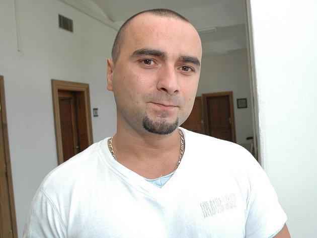 Radim Skalický tvrdí, že s případem vydírání redaktora České televize, Jiřího Hynka, nemá nic společného.