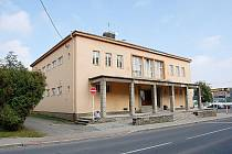 Jednou z dominant Ostravské ulice v Bílovci je bezesporu Dům kultury.