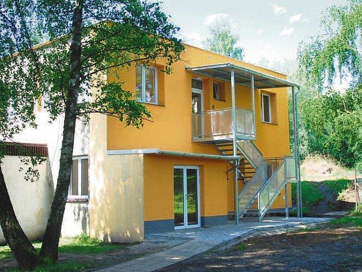 Obec opravila objekt bývalé knihovny, dnes je zde mateřská škola.