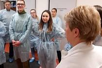 Do nemocnice, konkrétně do novojičínské, se studenti oderské zdravotnické školy podívali se studenty z Německa už v rámci projektu Erasmus+ nedlouho před vypuknutím pandemie koronaviru.
