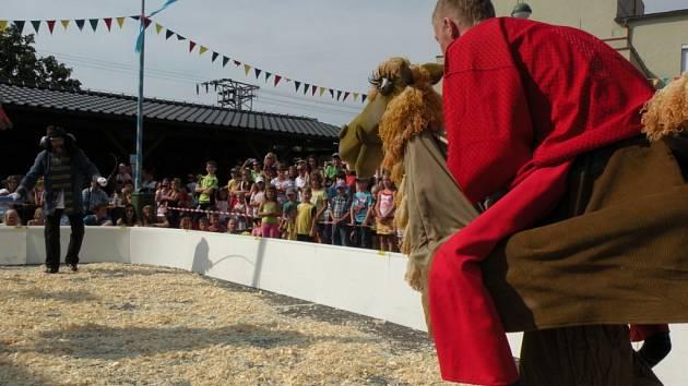 Vloni se Slatina proměnila v cirkusovou manéž, letos tam návštěvníci zažijí Vesmírnou odyseu.