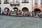 I v úterý 4. června se na Masarykově náměstí v Novém Jičíně sešli lidé požadující demisi ministryně spravedlnosti Marie Benešové a premiéra Andreje Babiše.