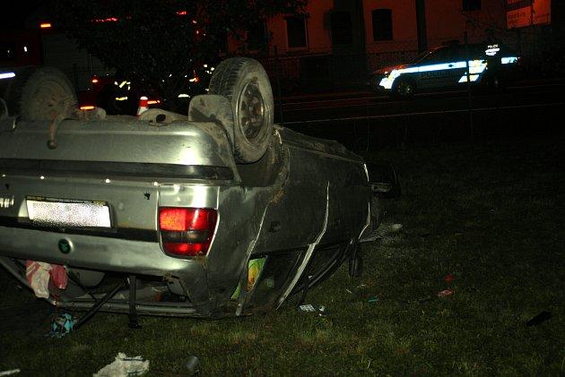 Nehoda mladého řidiče v Kuníně.