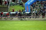V Kopřivnici se jede cyklistický závod. Tentokrát pro děti do 16 let.
