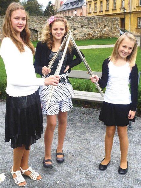 Trio fléten reprezentující základní uměleckou školu v Bílovci zazářilo ve Vidnavě.