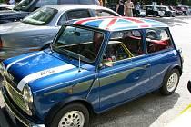 Ve Frenštátě pod Radhoštěm si v sobotu 31. května dali na autokempu sraz majitelé anglických vozidel.