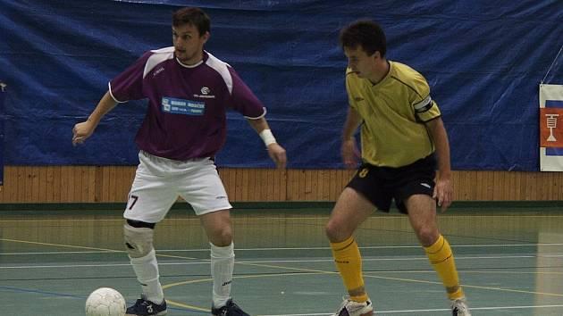 Ke třem bodům pomohl v utkání proti Vysokému Mýtu futsalovému Jistebníku Oldřich Malý (vlevo).