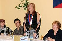 Volby starostky v nejmenší obci okresu, Heřmánkách byly rušné. Bývalou starostku Jiřinu Kukuricášovou vystřídala Martina Ondřejová.