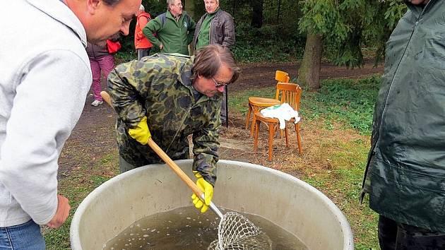 Příborští rybáři ukončili v areálu Boroveckých rybníků letošní sezónu.