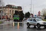 Překrásný smrk z Kunína bude letos dominovat Masarykově náměstí v Novém Jičíně během adventního času.