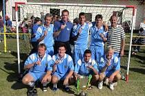 Vítěz 7. ročníku turnaje Big Holiday Cup 2007 v Hladkých Životicích FC Kangaroos.