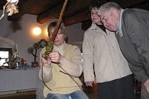 Marii Janečkovou přivedl k pletení proutěných tatarů syn.