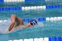 Plavecký talent Josef Kratochvíl potvrdil svoji formu i na MČR v pražském Podolí, kde zajistil úspěšné výpravě jeden cenný kov, když na padesátce volný způsob doplaval třetí. Dorostenec se tak neztratil ani v nabité konkurenci.