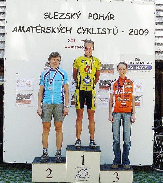 1. Tamara Stonová (Ironman Sudoměř), 2. Ivana Jaklová (SK Šafrata Bohumín), 3. Martina Novotná (Studio 2001 – MRX)