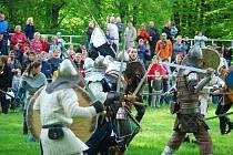 V sobotu 8. května proběhla na zámku v Kuníně rekonstrukce bitvy z roku 1160.