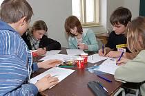 Bílovecké gymnázium v pátek 12. února ožilo matematickou soutěží žáků základních škol.