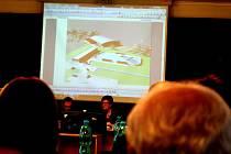 Novou tenisovou halu chce Tenisový klub Na Dolině postavit na pozemcích za městským kluzištěm.