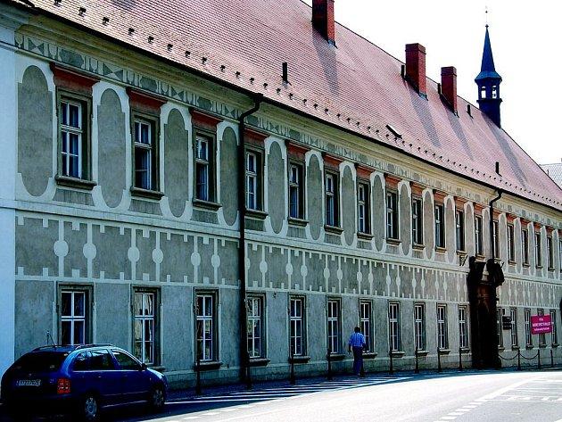 Piaristický klášter v Příboře je jednou z dominant města.