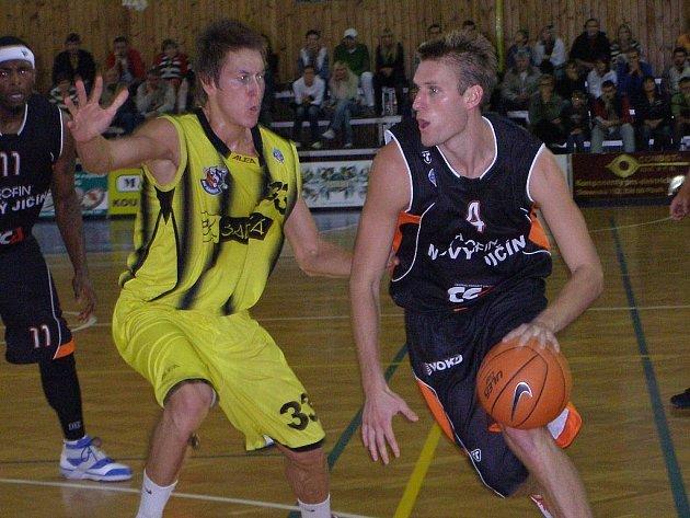 Hráči Nového Jičína po vítězství s BK Sadská zajíždí k utkání 20. kola basketbalové Mattoni NBL na palubovku USK Praha.