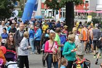 Město automobilů se v sobotu 20. září proměnilo v město běžců. V parku E. Beneše byly připraveny doprovodné závody pro veřejnost, které předcházely již 12. ročníku memoriálu legendárního kopřivnického běžce Emila Zátopka.