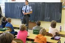 Preventivní akce s názvem Ajaxův zápisník netají své preventivní cíle. Projekt by měl naučit děti rozpoznávat dobré od špatného.