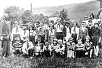 Jedna ze tříd základní školy v šedesátých letech minulého století.