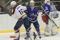 II. hokejová liga, sk. Východ, 33. kolo, třetí derby letošní sezony: HC Kopřivnice - HK Nový Jičín 2:3