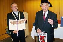 Čestné občanství převzal ve čtvrtek 14. května 2009 z rukou tehdejšího vedení města Nový Jičín v německém Mnichově Max Mannheimer.