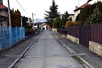 Seifertova ulice ve Frenštátě pod Radhoštěm je jednou z těch, které chce město opravit.