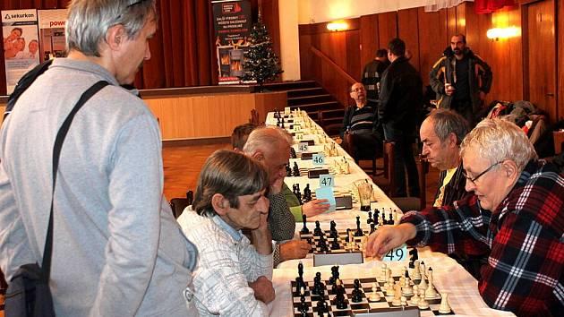 Osmý ročník šachového turnaje Novoroční cena města Bílovce.