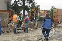 Práce na jesenické kanalizaci budou zřejmě trvat do poloviny ledna.