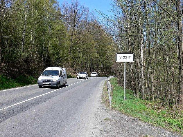 Silnice na Vrchy bude uzavřená ještě tři týdny. Potom bude provoz nějakou dobu na semafory.