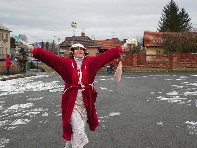 Původně recesistická akce si v Hodslavicích získala řadu příznivců. Letos se běželo už pojedenácté.