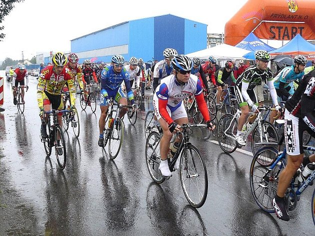 První částí silničního mistrovství amatérských cyklistů MR S. A. C. ČR 2009 byla 18. července časovka jednotlivců se startem od restaurace Kotva u přehrady Baška ve stejnojmenné obci u Frýdku-Místku.
