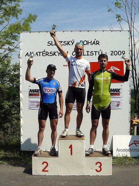 Časovkou ve Staříči u Frýdku-Místku začala v neděli celoroční silniční soutěž Slezský pohár amatérských cyklistů (SPAC).