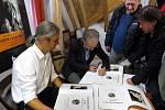 Muzeu Zdeňka Buriana pokřtili Novou knihu, plnou Burianových ilustrací.