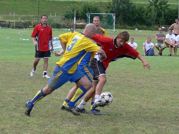 Vítězem největšího tuzemského mezinárodního turnaje Big Holiday Cup se stalo družstvo KIA Team Nový Jičín (žlutomodré dresy), které tak zopakovalo triumf z roku 2005.