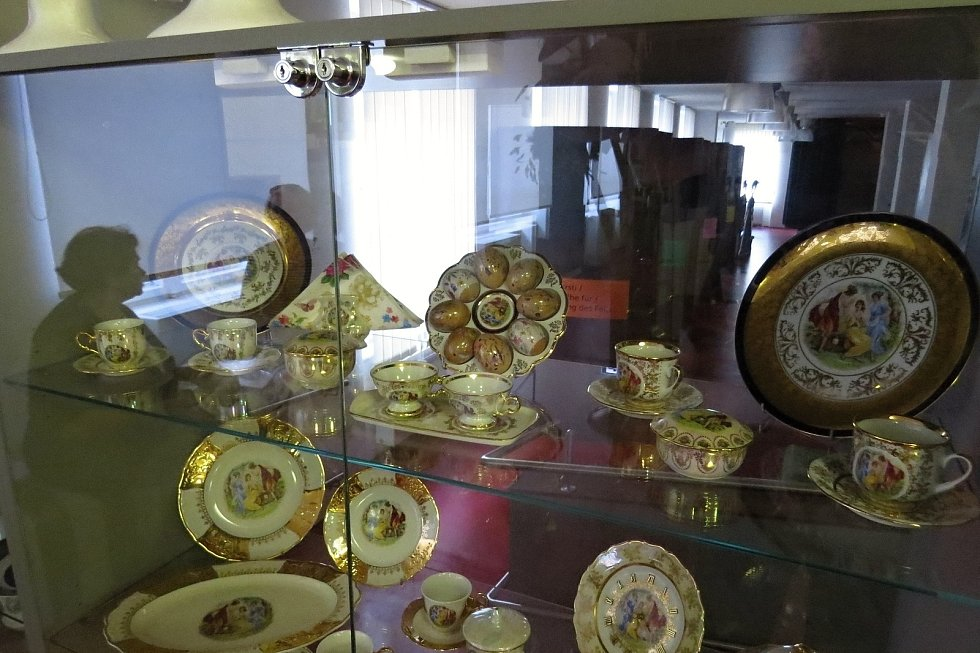 Části svých sbírek vystavují Kamila a Josef Švarcovi v současné době v Návštěvnickém centru v Novém Jičíně.